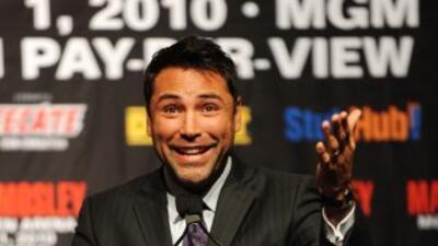 Oscar De la Hoya podría regresar a los encordados en 2011 contra Ricky...