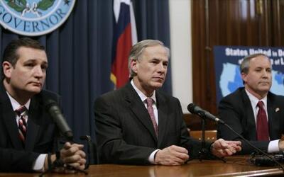 Líderes texanos celebran suspensión de acción ejecutiva