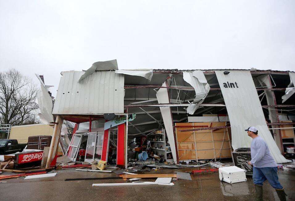 Tormentas y tornados dejan al menos tres muertos en el sur  tornado4.jpg