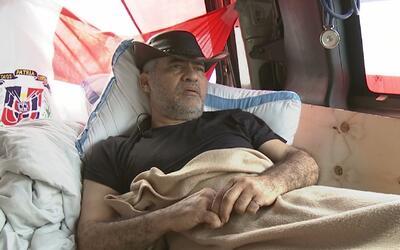 Un dominicano hace huelga de hambre en Manhattan para denunciar corrupci...