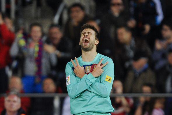 El remate de 'La Pulga' dio en el palo y Piqué transformó el rebote en gol.