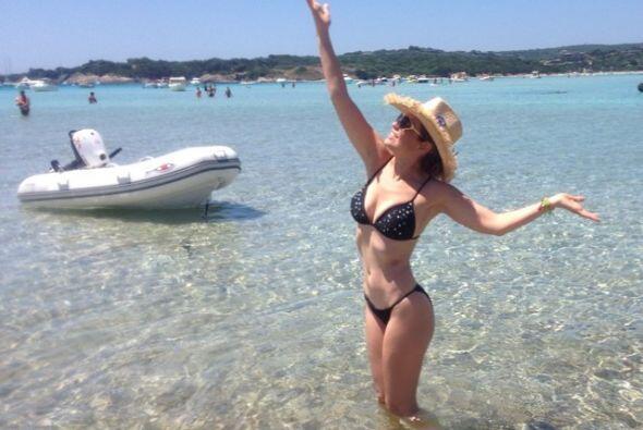 Thalía es otra de las famosas por la que los años no pasan...