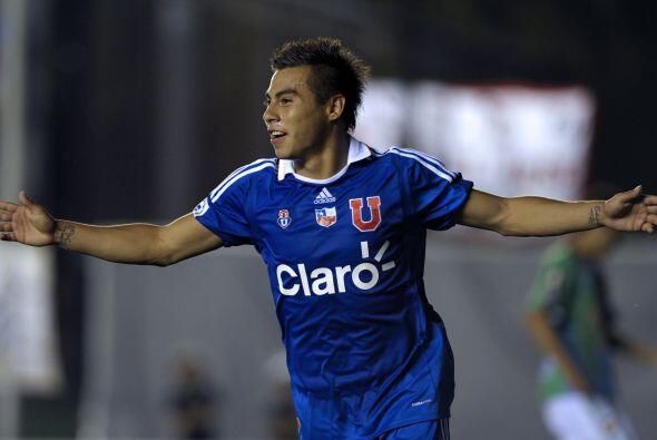 Ya en Sudamerica, el primero fue el chileno Eduardo Vargas, de la U de C...
