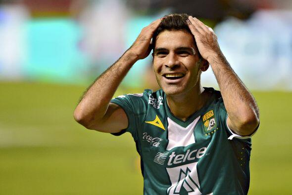 Cooperó en el gol de Luis Montes, disparó una vez al arco, jugó los 90 m...