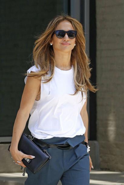 ¿Crees que Jennifer Lopez sea la versión latina de Angelina Jolie?  Mira...