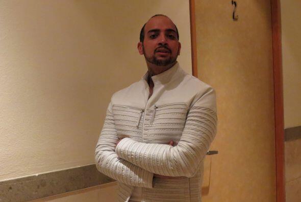 Y José Palacio la acompañará también del mismo color.