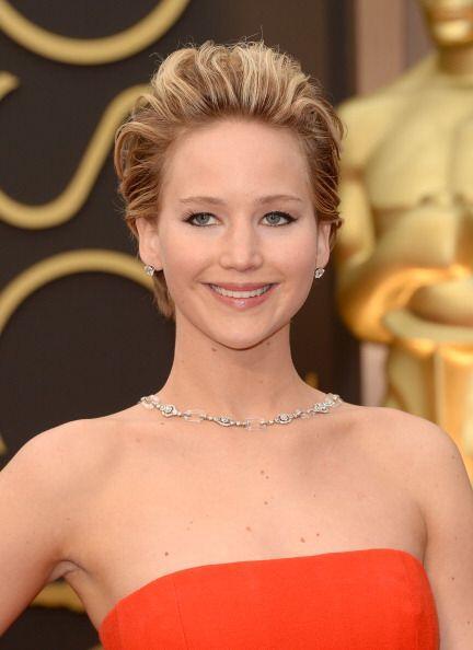Jennifer Lawrence no se arrepiente de hacer cortado su rubia melena, pue...