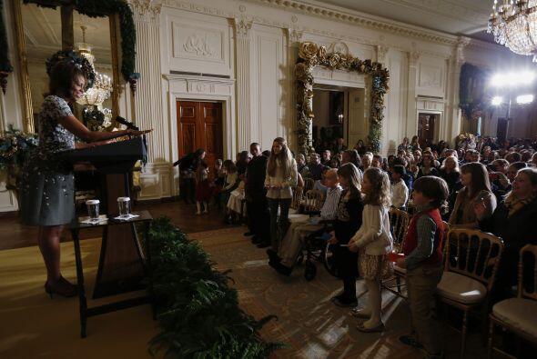 Rinde tributo a las familias de los militares, una tradición de la época...