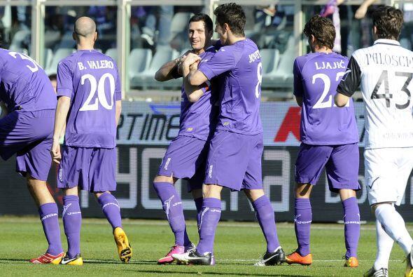 El hombre de la Fiorentina se hizo presente con un gol en el triunfo 'vi...