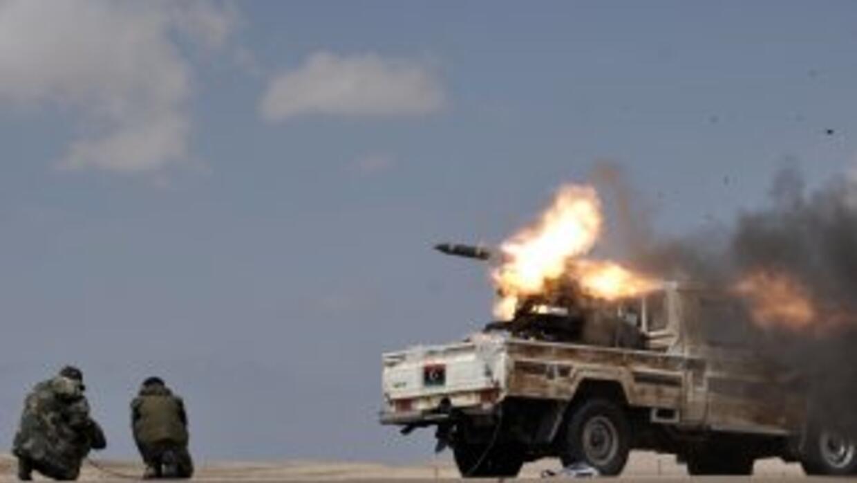 Los rebeldes libios condicionaron una tregua a la retirada total de las...