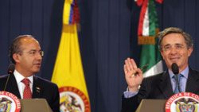 Jorge Castañeda, pidió a Uribe y Calderón legalizar droga eff8f8fdda8f44...