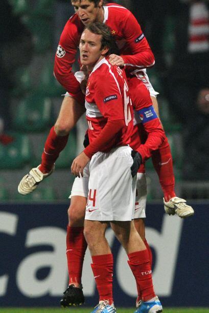 Los rusos se impusieron por 2-1 y así ambos clubes se despidieron...