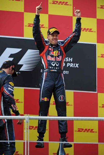 Vettel cantó victoria en las dos primeras carreras del calendario, y fue...