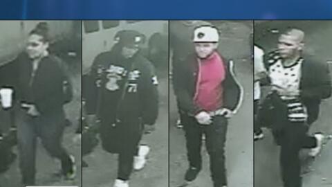 Clientes molestos atacaron a dos empleados de un restaurante en Queens