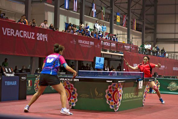 La mexicana Yadira Silva consiguió el oro en la final individual femenil...