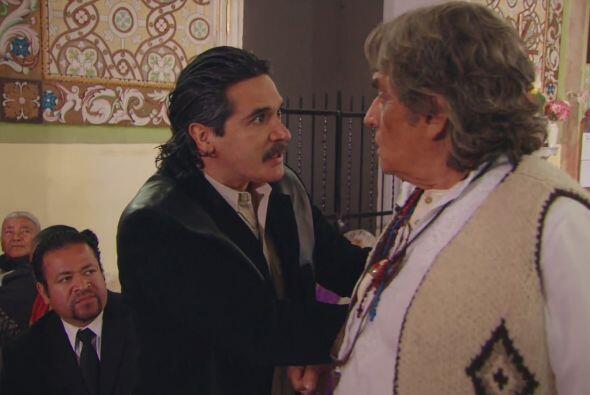 Pero nadie puede impedir que Melitón cumpla con el encargo de Doña Const...