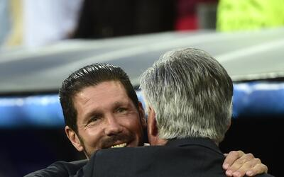 Simeone y Ancelotti se tiraron con flores antes del duelo por la Champions