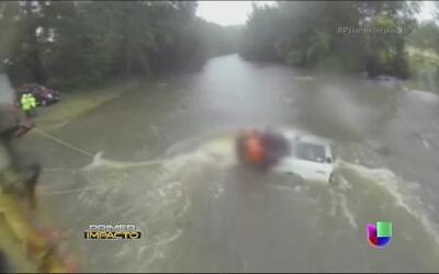 Sorprendente rescate de dos niños en las imágenes de impacto