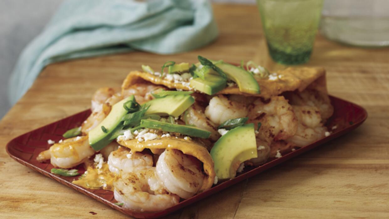 Entomatada rellenas de camarón, una receta de Pati Jinich