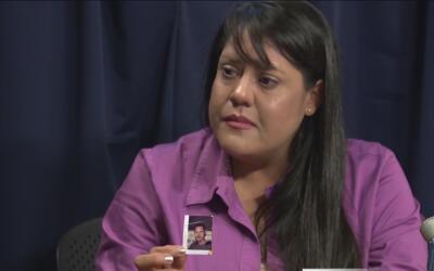 Mujer pide a residentes de Phoenix que la ayuden a descifrar cómo murió...