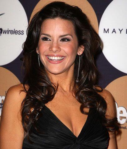 Greydis GilEsta cubana ganó el título de Nuestra Belleza L...