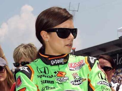 Otra de las bellezas de la Indy 500 fue Danika Patrick, quien termin&oac...
