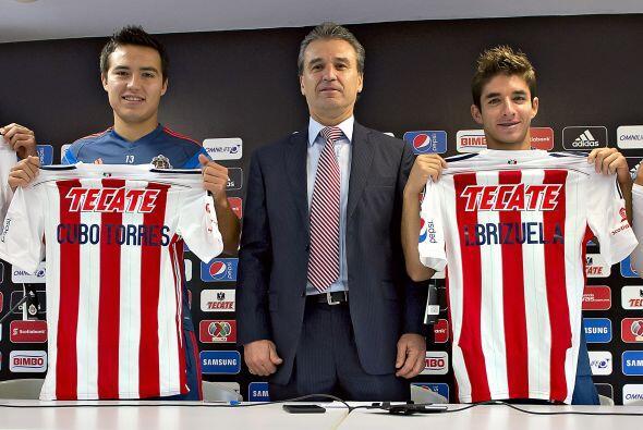 Mientras en Chivas refuerzos como Isaac Brizuela y Erick Torres no termi...
