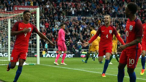 Marcus Rashford anotó el gol tempranero de Inglaterra