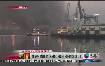 No cesan las labores de bomberos en el puerto