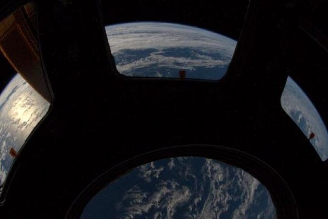 Con un lente de 12mm podemos confirmar que la tierra sí es redonda. Foto...