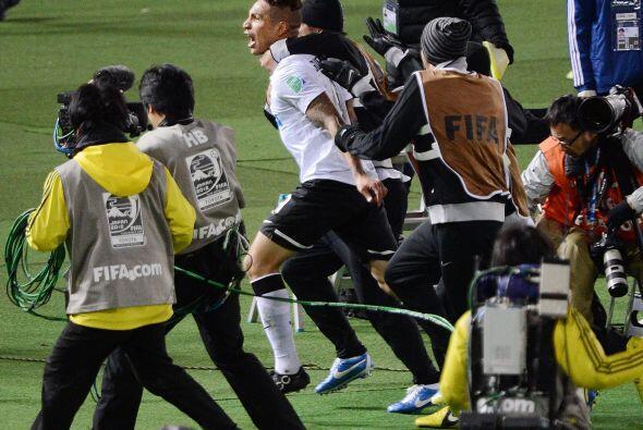En cuanto terminó el partido en Yokohama, los jugadores de Corinthians s...