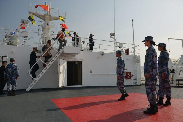 También esta semana parten del país tres equipos de rescate y emergencia...