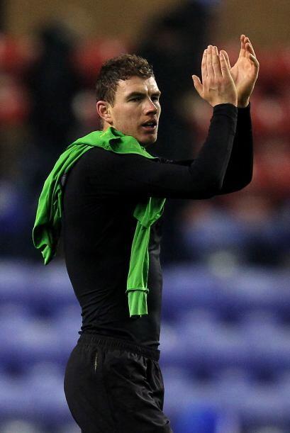 Mientras que el bosnio Edin Dzeko, del Manchester City, suena para la es...