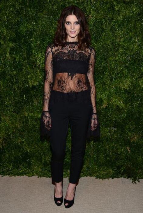 La sensual Ashley Greene parece que aconsejó a su amiga Kristen Stewart...