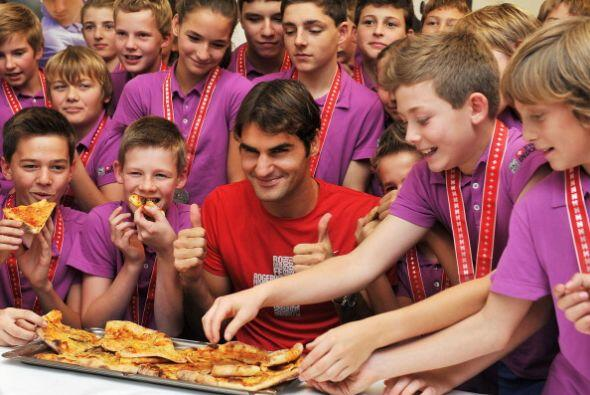 Roger Federer es uno de los tenistas más vitoreados por la afici&...