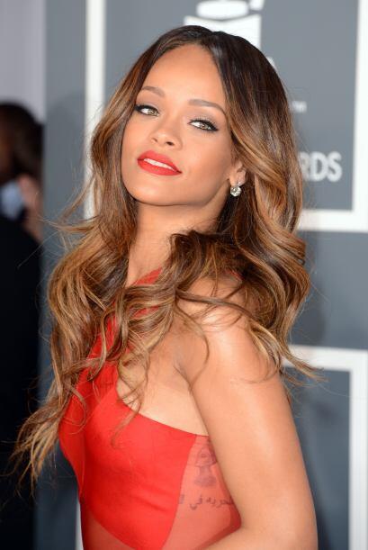Rihanna es una adicta a los tatuajes.