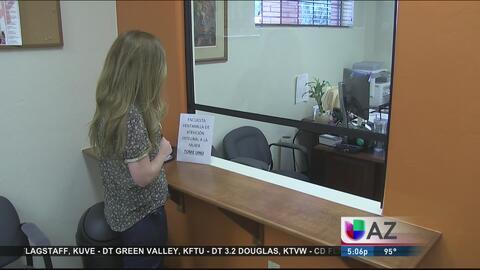 Consulado mexicano ofrece asistencia a mujeres e inmigrantes deportados