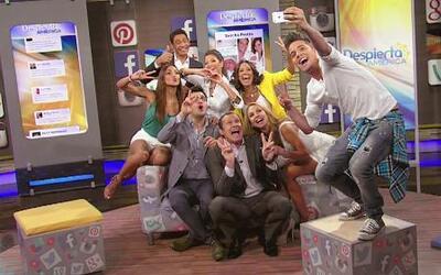"""Todos se pusieron guapos para la """"selfie"""" en el nuevo Rincón Social"""