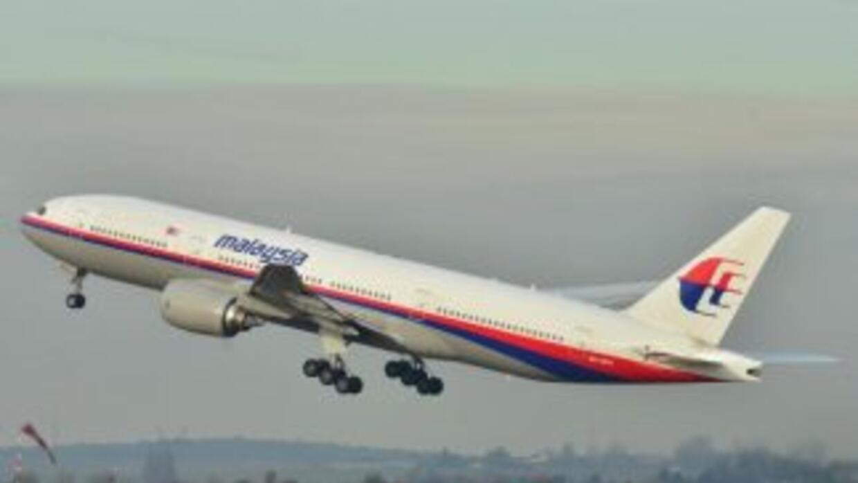 El avión volaba sobre el Mar de China Meridional, al sur de la península...