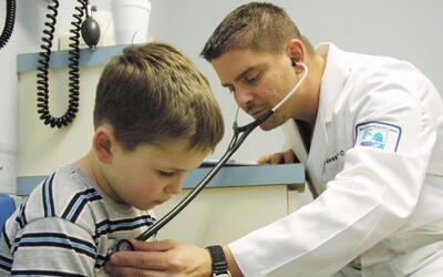¿Cuáles son y cómo tratar las enfermedades más comunes de los niños en e...