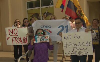Ecuatorianos en Miami exigen que se impugnen las elecciones en su país