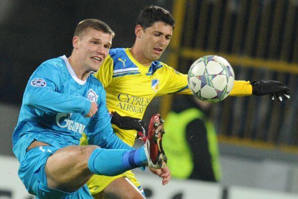 Finalmente, el Zenit ruso recibió al APOEL Nicosia.