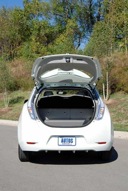 El espacio de carga es similar al de cualquier otro hatchback del mercado.
