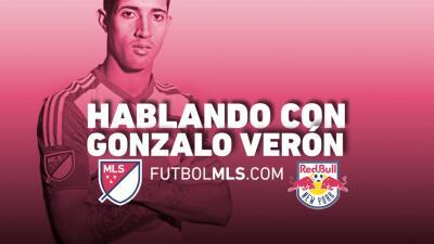Gonzalo Verón debutó en el Derbi de Nueva York