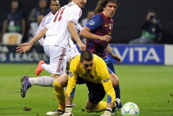 Víctor Valdés tuvo uno de sus mejores partidos; a pesar de que fueron es...