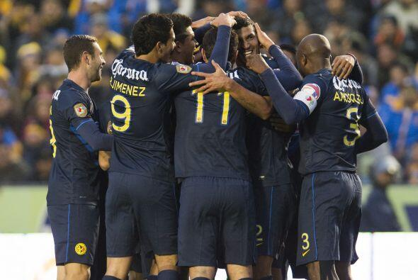 Aquivaldo Mosquera empató el duelo en el minuto 89 con un gol muy bien f...