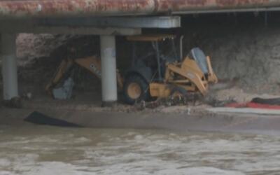 La acumulación de lluvia ha provocado que aumenten el nivel de arroyos y...