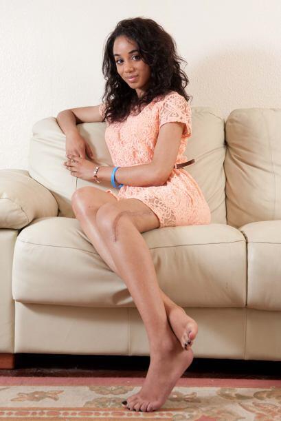 Elena  encontró trabajo de modelo, en una agencia especializada e...