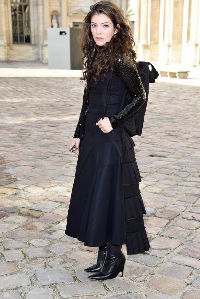 La cantante lució muy relaja en París.