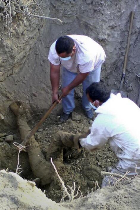 No sólo en Tamaulipas han sido localizadas narcofosas en el último mes,...
